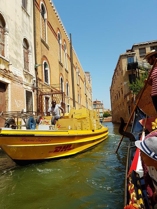 DHL Boot Venedig