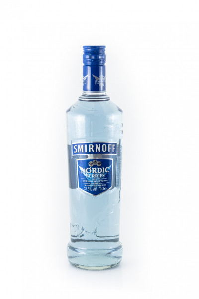 Smirnoff_Nordic_Berries_Vodka-F-3698