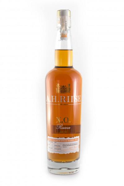 A.H. Riise XO Reserve Premium Rum - 40% vol - (0,7L)