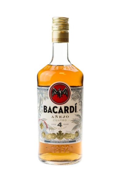 Bacardi Anejo Cuatro 4 Jahre - 0,7L 40% vol