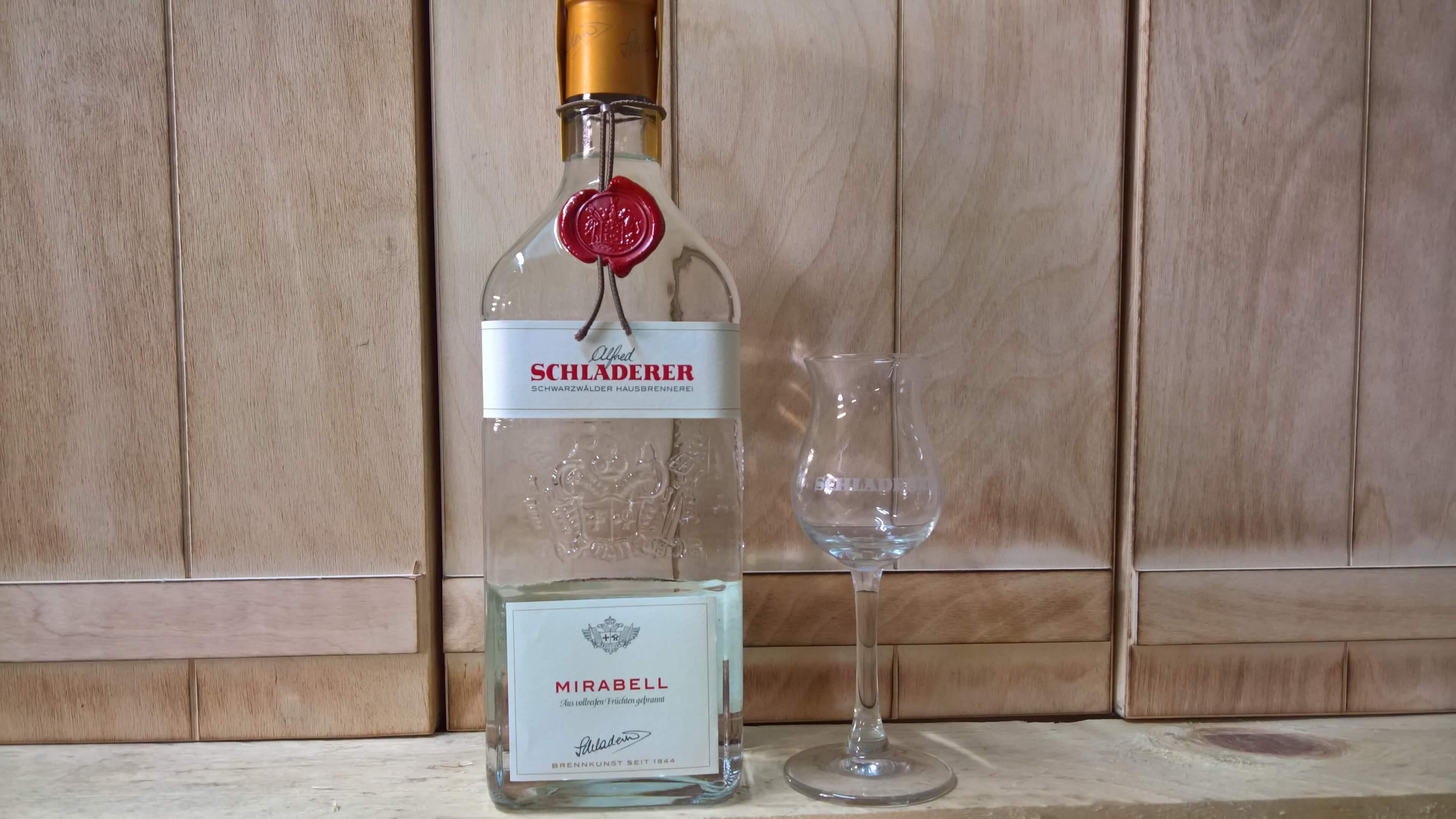 Schladerer Mirabell mit Nosing Glas