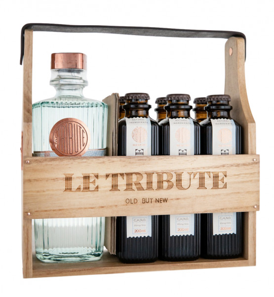 SET: Le Tribute Gin (0,7) + 6 x Le Tribute Tonic Water (6 x 1,2L) - 1,9L 43% vol
