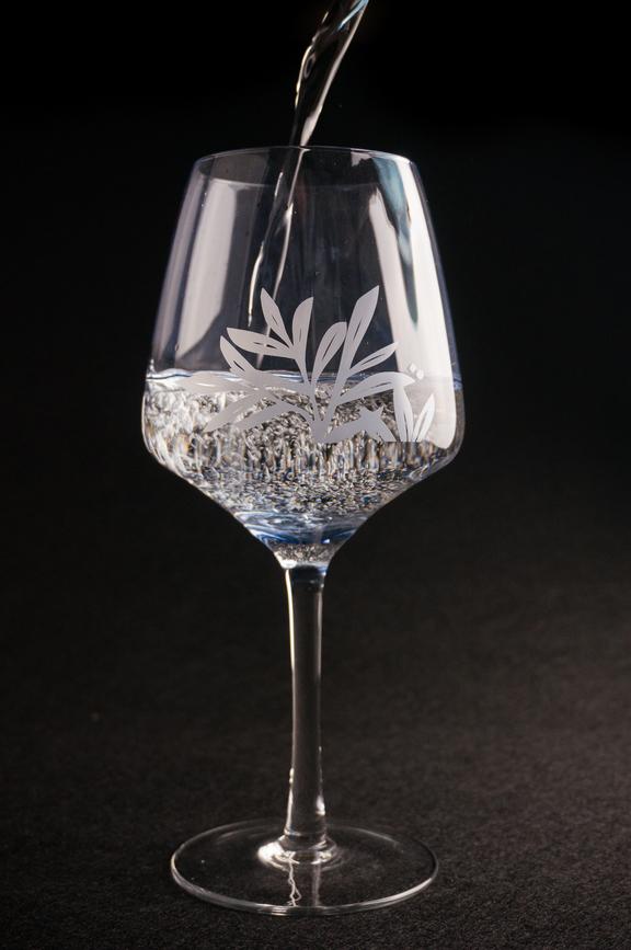Conalco-Glas-fur-Gin-Tonic