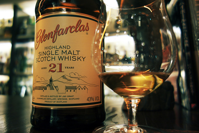 Conalco-Glenfarclas-21YO-Scotch-Whisky