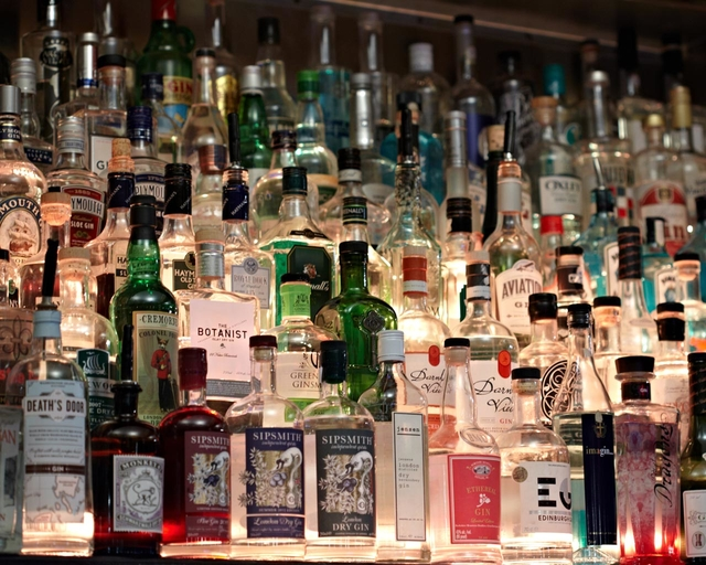 gin was vom hype brig bleibt conalco spirituosen. Black Bedroom Furniture Sets. Home Design Ideas