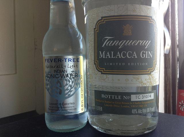 Conalco-Tanqueray-Malacca-Gin