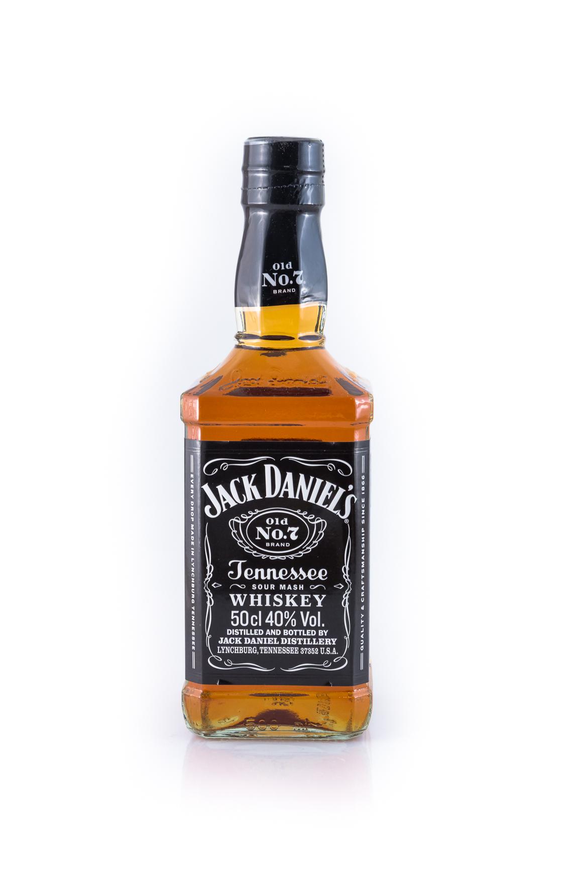 jack daniels tennessee whiskey 0 5l g nstig kaufen. Black Bedroom Furniture Sets. Home Design Ideas