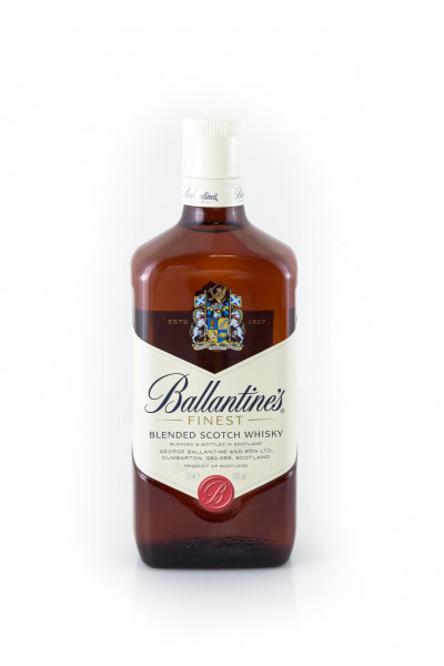 Ballantines_Finest_Scotch_Whisky-F-2891
