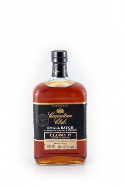 Canadian_Club_12_Years_Old_Whisky-F-2743